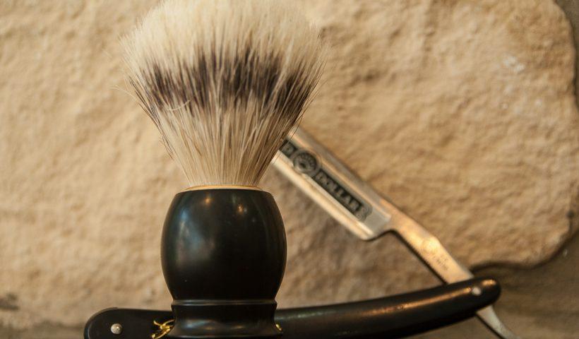 Les outils indispensables d'un barbier